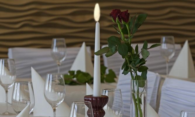 Gedeckter Tisch im Hotel Wallner, St. Valentin