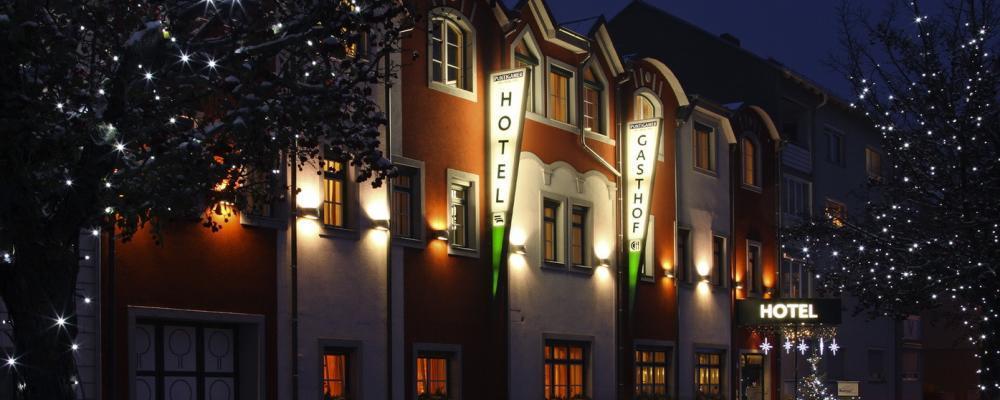 Restaurant-Hotel Wallner bei Nacht