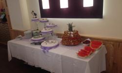 Torte und Früchte