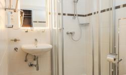 Badezimmer im Hotel Wallner